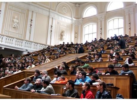 Велика фізична аудиторія першого корпусу НТУУ КПІ